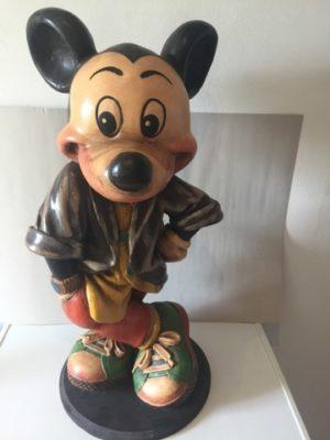Mickey Mouse Beeld op houten voet