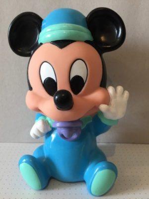 Mickey Mouse met tutter in zijn mond