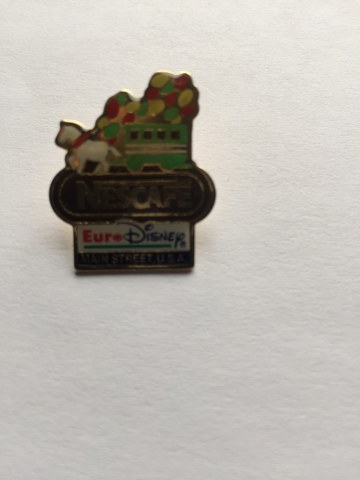 Pin Euro Disney met paard en wagen