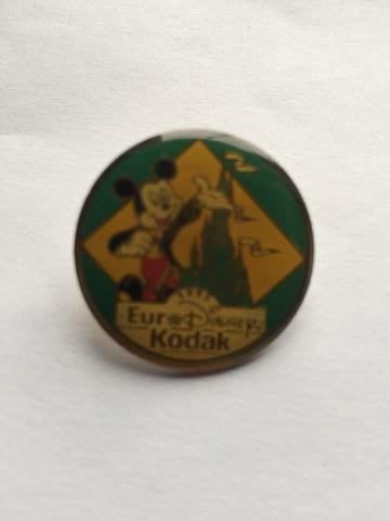 Pin Mickey Mouse Kodak Groen